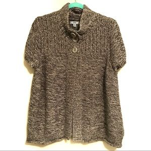 IZOD short sleeve sweater/cardigan